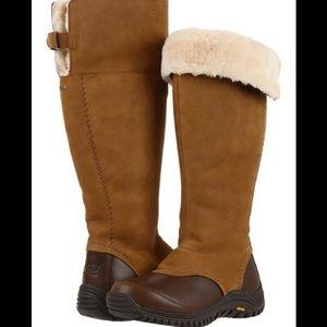 Ugg Miko snow boot